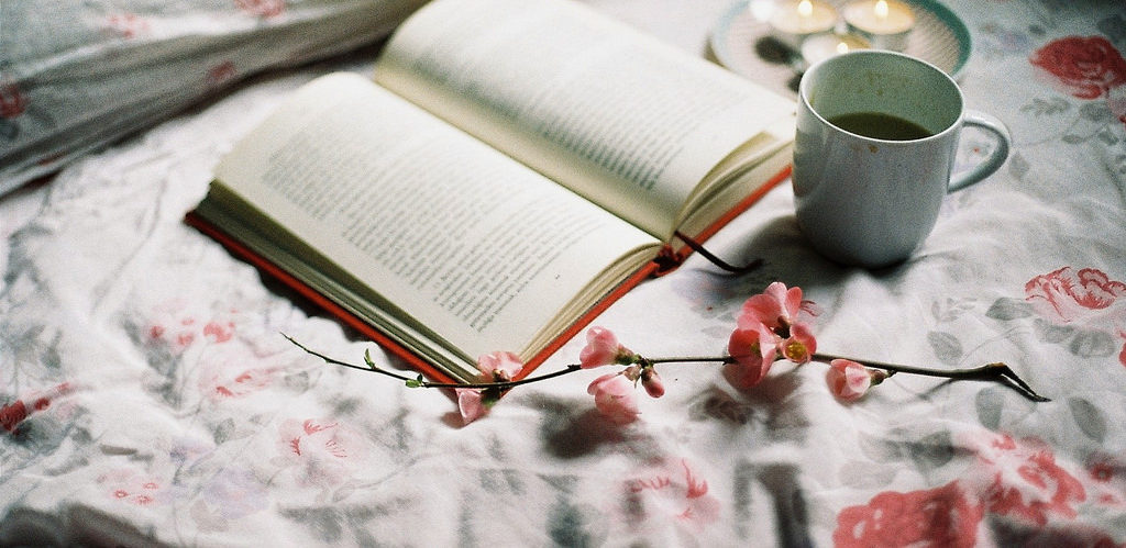 #AMonth of Faves: 5 Favorite Winter Reads